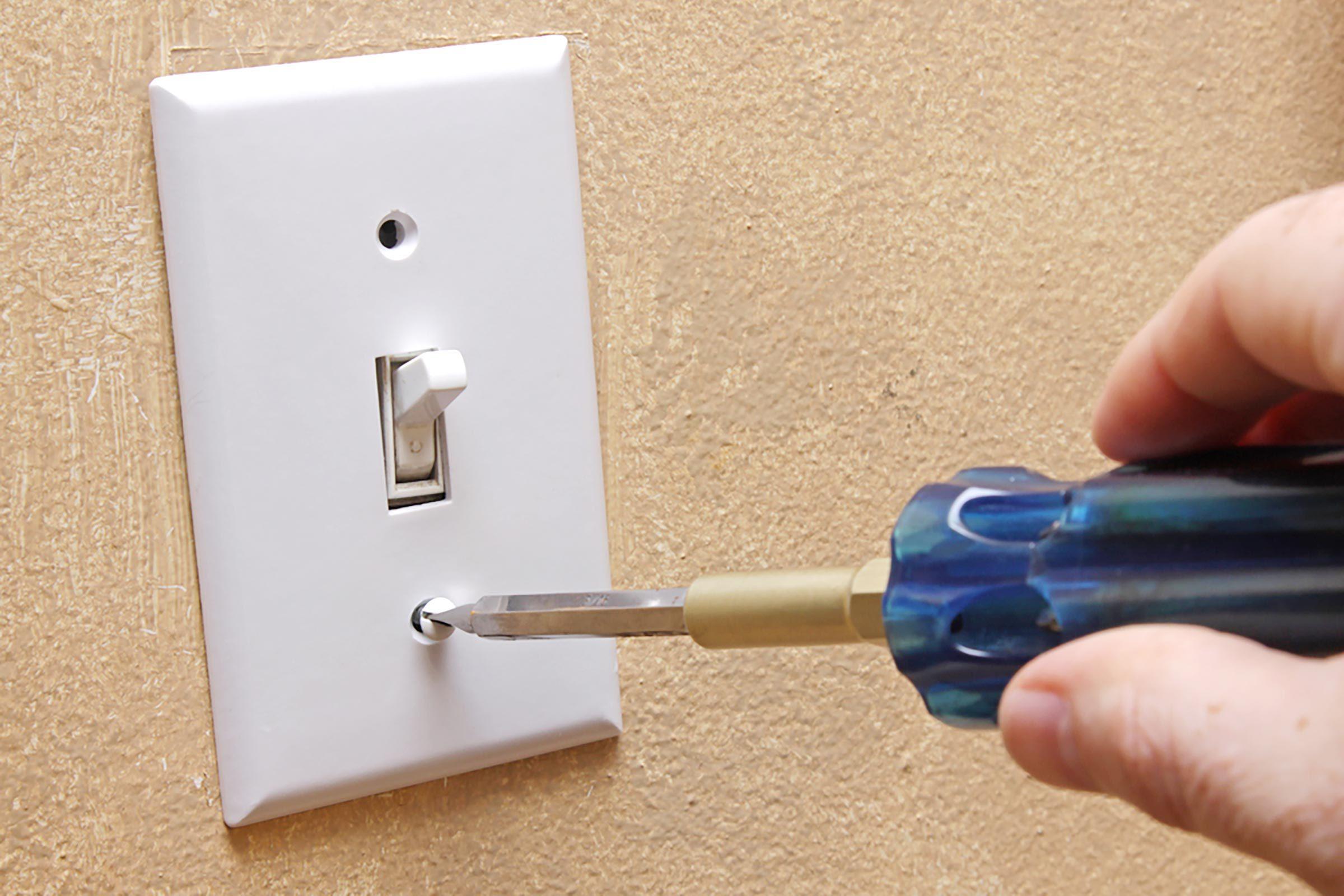 Peignez vos interrupteurs avec de la peinture fluo