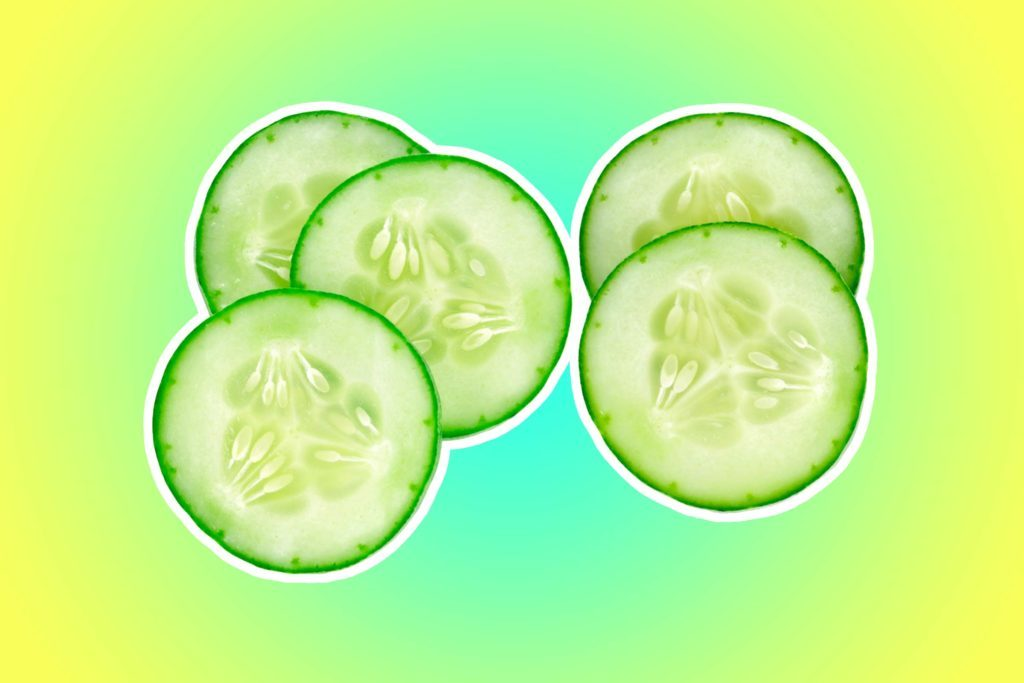 16-cucumber-Mom-Bloggers-Share-the-18-Items-That-Have-Saved-the-Day-While-Traveling-with-Kids-294737345-MRS.Siwaporn