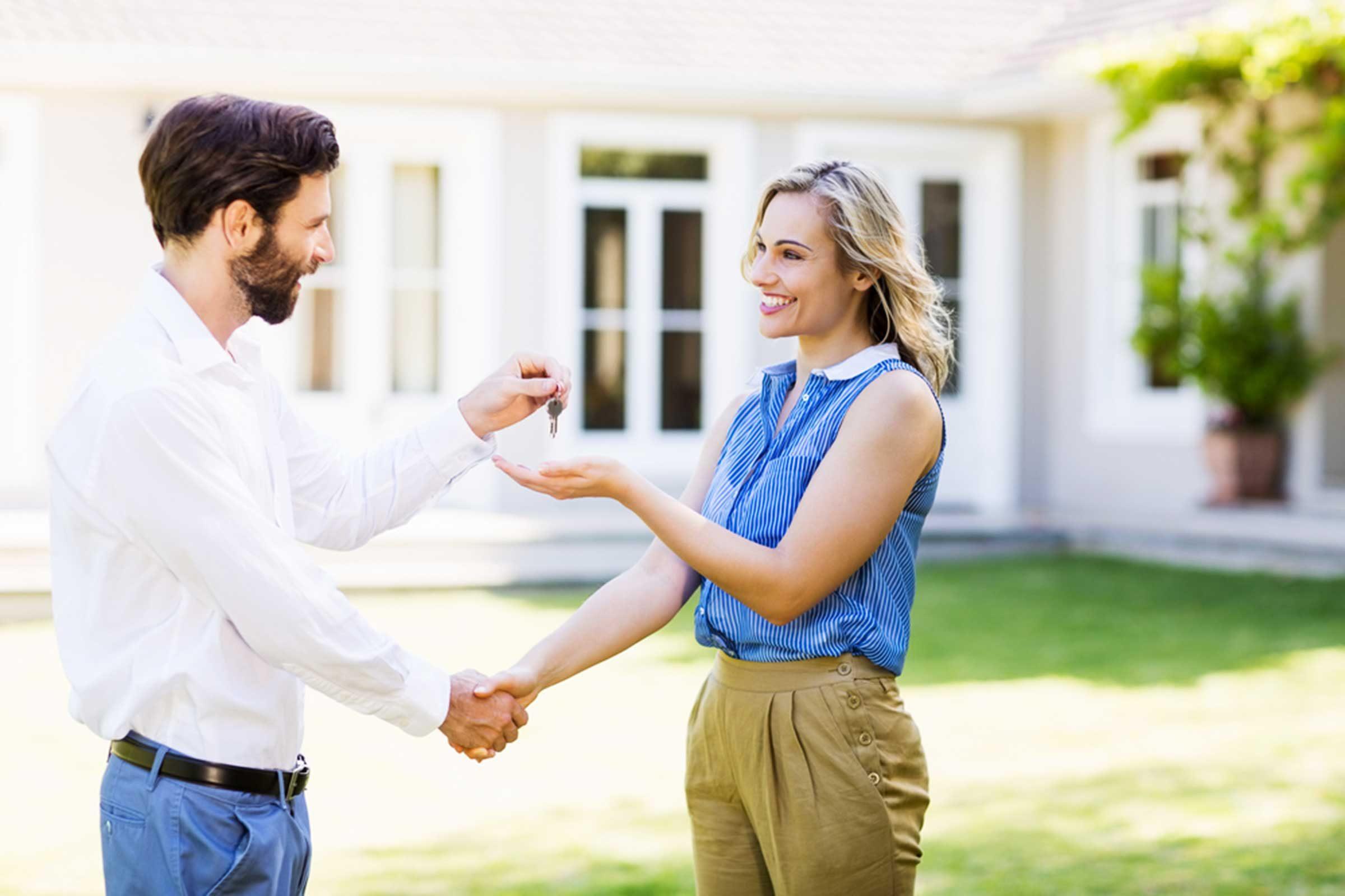 Prendre garde à un courtier immobilier sans expérience