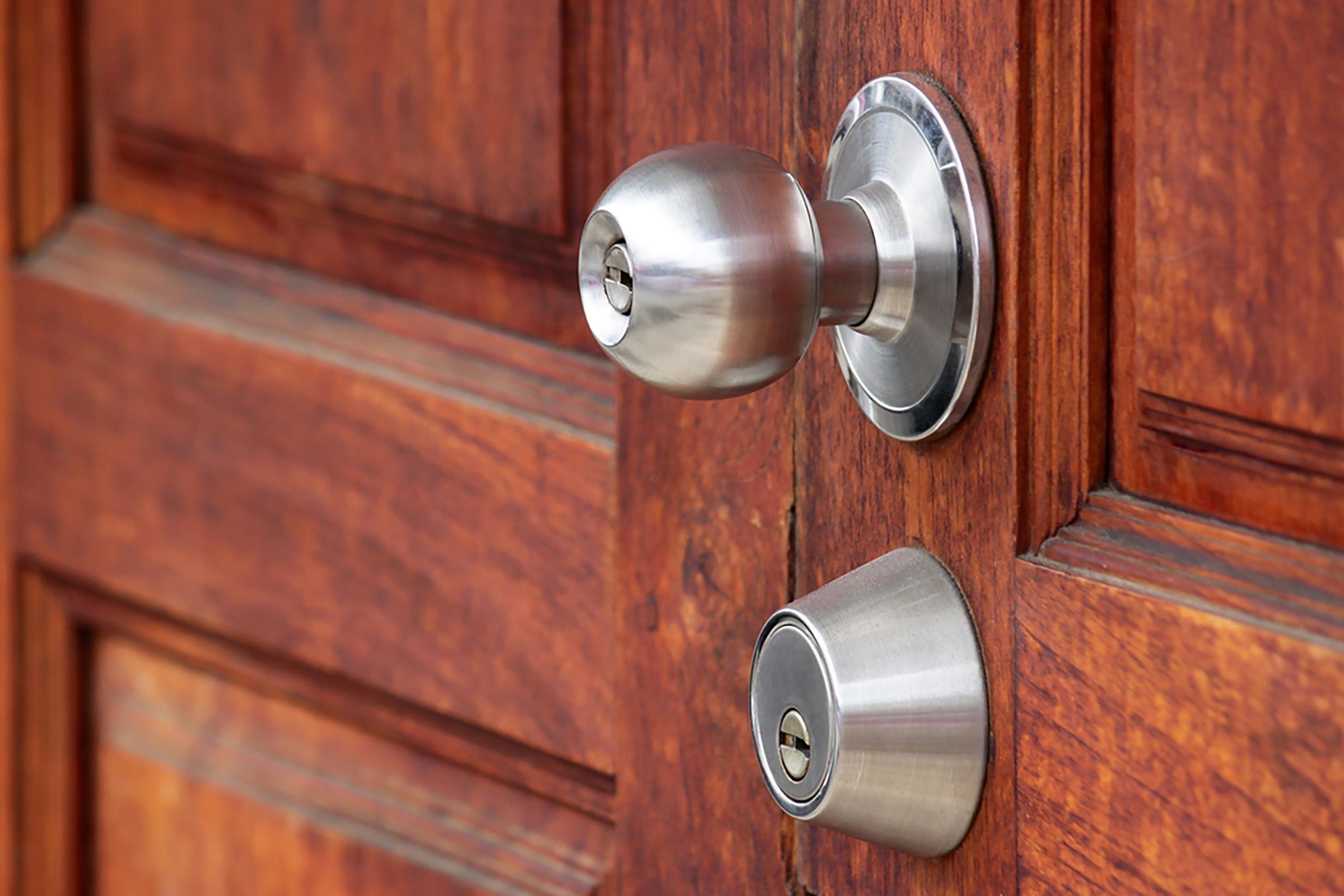 Renforcez vos portes pour empêcher les voleurs