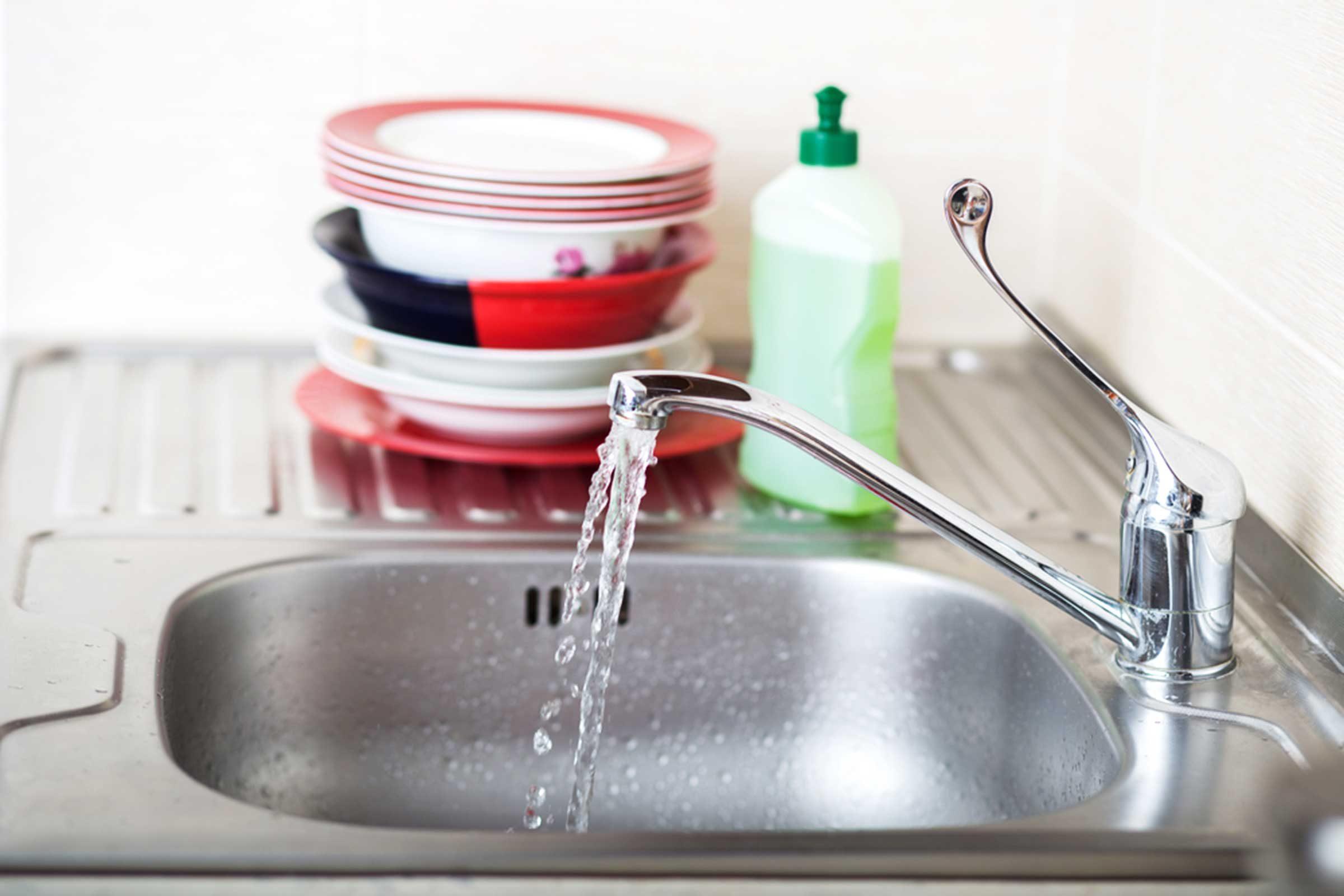Erreur en cuisine : Vous oubliez de nettoyer l'évier