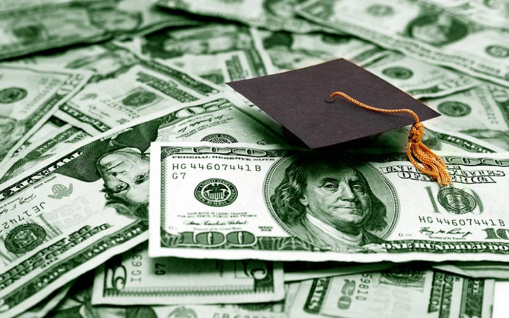 You-Can-Pay-for-College-Just-by-Being-Tall—and-Other-Weird-Scholarships