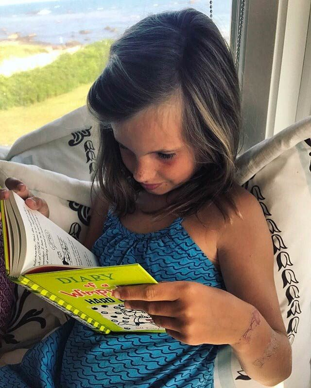 02-Simple-ways-i'm-teaching-my-kids-to-love-reading-courtey-Elizabeth-and-Gardner-Lane