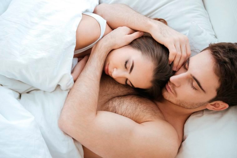 02-similar-sleep-patterns-Reasons That Married Couples Should Sleep in Separate Beds_551752222-Dean-Drobot