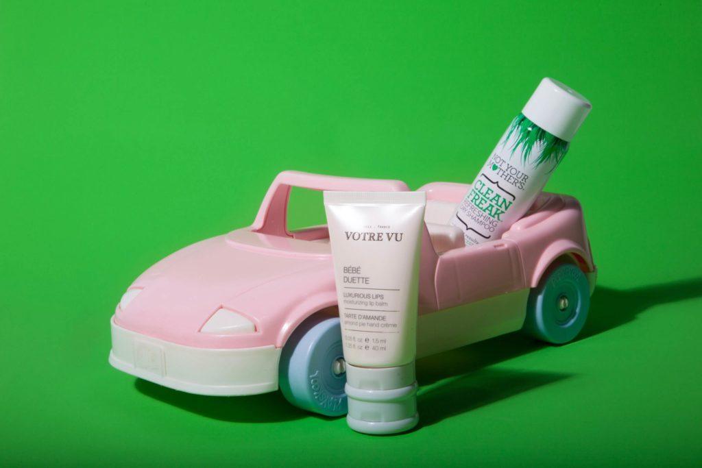 03-Makeup-Essentials-Beauty-Bloggers-Keep-in-Their-Car-Matthew-Cohenrd.com