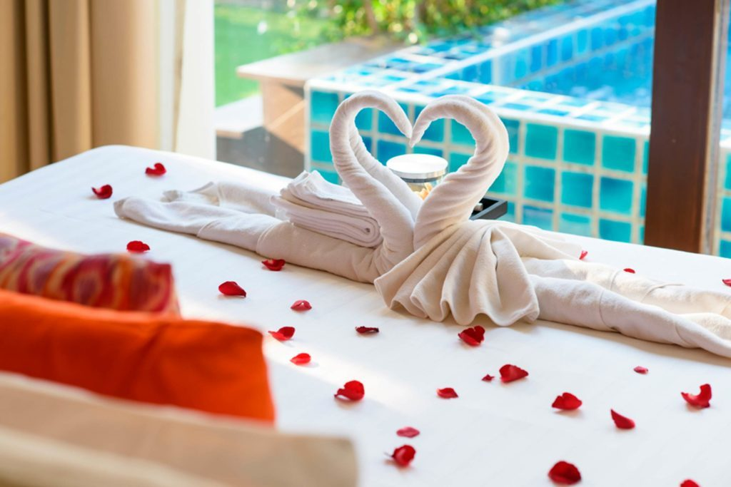 Reboot-Your-Romance--9-Ways-to-Save-on-a-Steamy-Second-Honeymoon