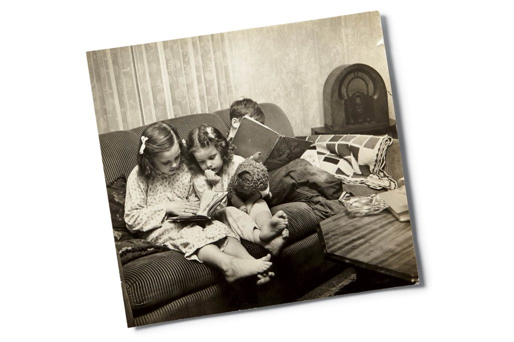 04-Nostalgic-Photos-That-Capture-the-Magic-of-Childhood-Reminisce-Ali-Blumenthal