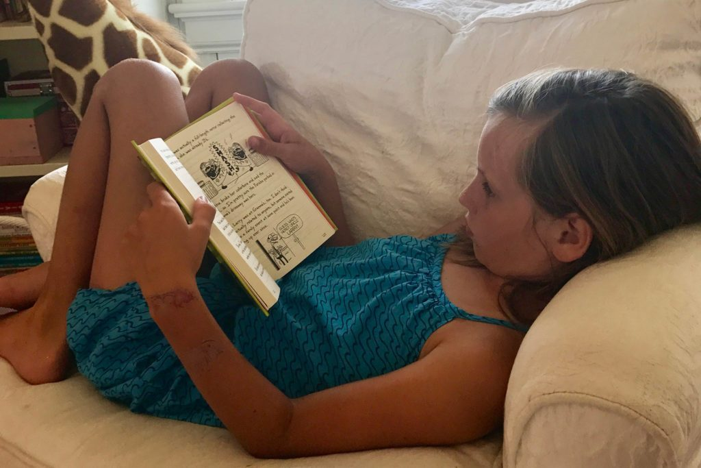 04-Simple-ways-i'm-teaching-my-kids-to-love-reading-courtey-Elizabeth-and-Gardner-Lane