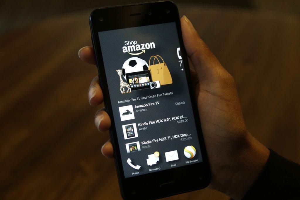 04-never-Little-Known-Amazon-Hacks-Every-Online-Shopper-Should-Know-EDITORIAL-6123810b-Ted-S.-WarrenAPREXShutterstock