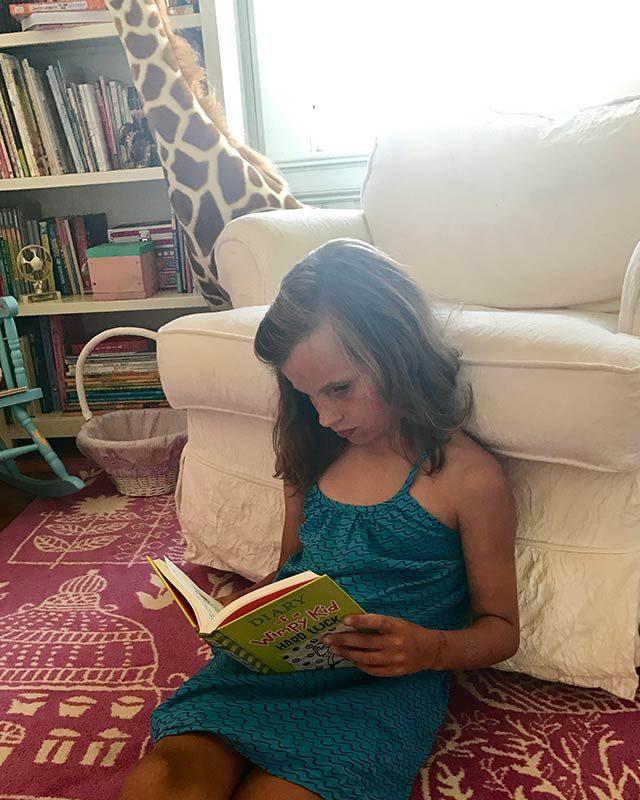 06-Simple-ways-i'm-teaching-my-kids-to-love-reading-courtey-Elizabeth-and-Gardner-Lane