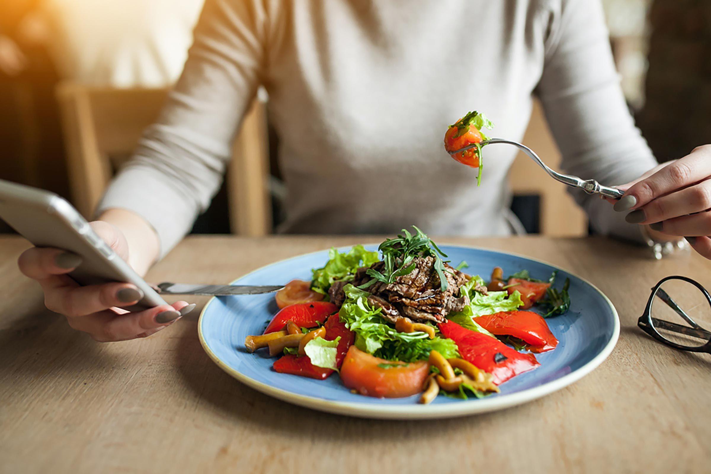Conseil santé : manger de façon consciente