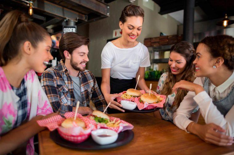 49-job-Secrets-Your-Waiter-Won't-Tell-You_637092019-wavebreakmedia