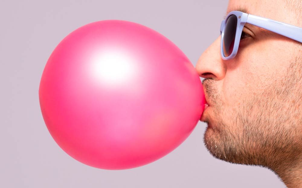 Chewing Gum Is Illegal in This Country—We're Not Kidding ...