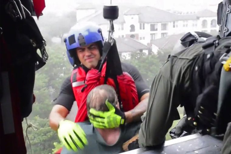 01-8-photos-of-the-most-dramatic-rescues-from-hurricane-harvey-9028522f-USCG-JOHANNA-STRICKLAND-HANDOUT--EPA-EFE--REX--Shutterstock