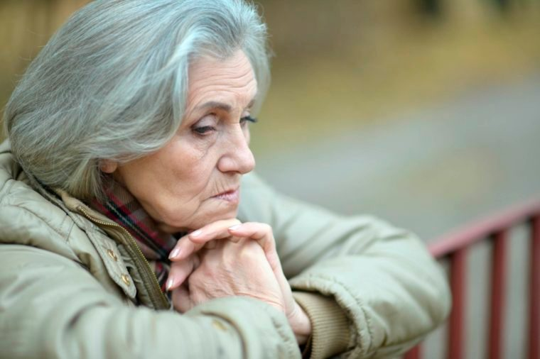 03-long-term-Signs Your Brain is Aging Faster Than You Are_490732894-Ruslan-Guzov
