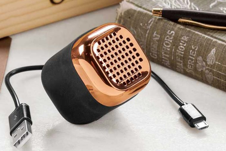 03-sound-Cell-Phone-Accessories-That-Will-Make-Your-Life-Seriously-Easier-oliveandcocoa.com