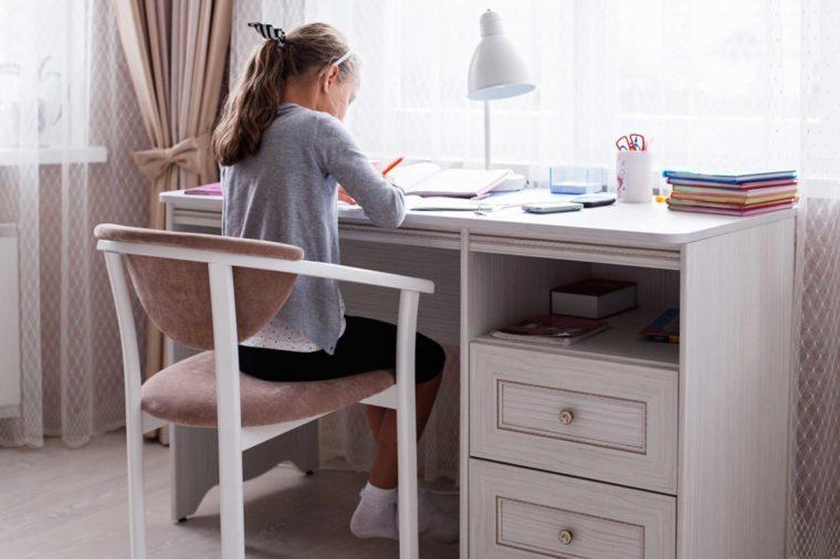 04-homework-Ways to Prep Your Home for a Successful School Year_488026996-Artsplav
