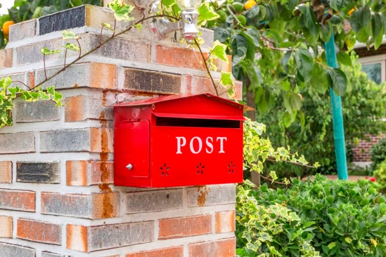 05-mail-Things An Identity Thief Won't Tell You_