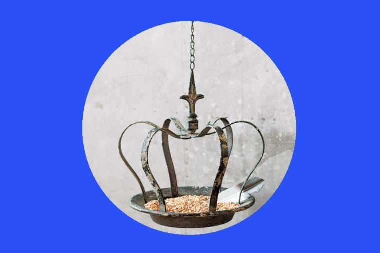 11-bird-feeder-Cheeky-Gifts-For-Fans-of-the-British-Royal-Family-via-oliveandcocoa.com