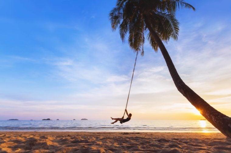 30-vacation-Secrets Your Brain Wishes You Knew_498823423-NicoElNino