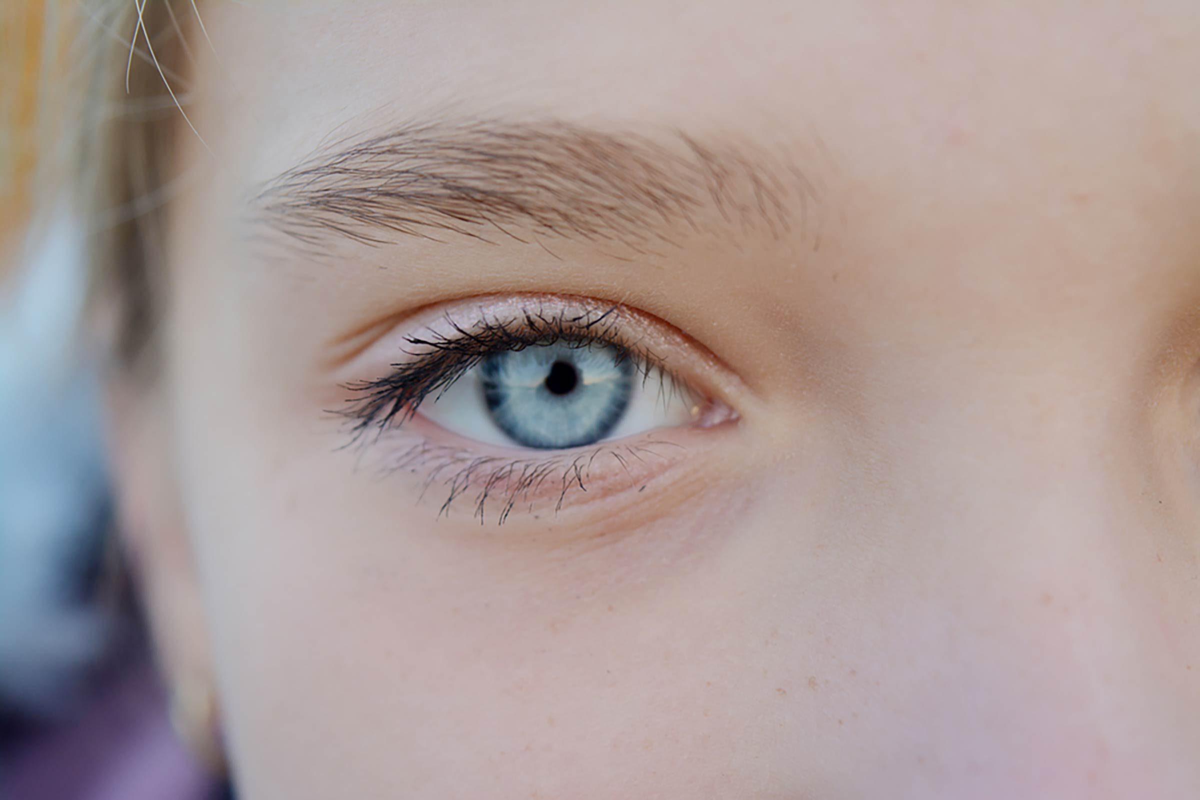 Coño de ojos azules