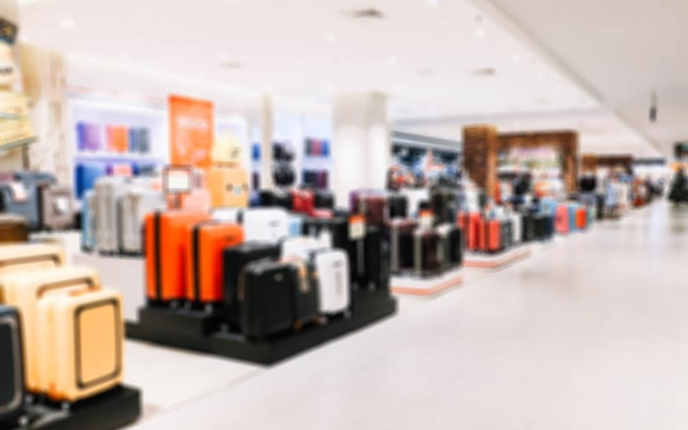 This Is Why You Should Never Buy Luggage in Stores | Reader's Digest