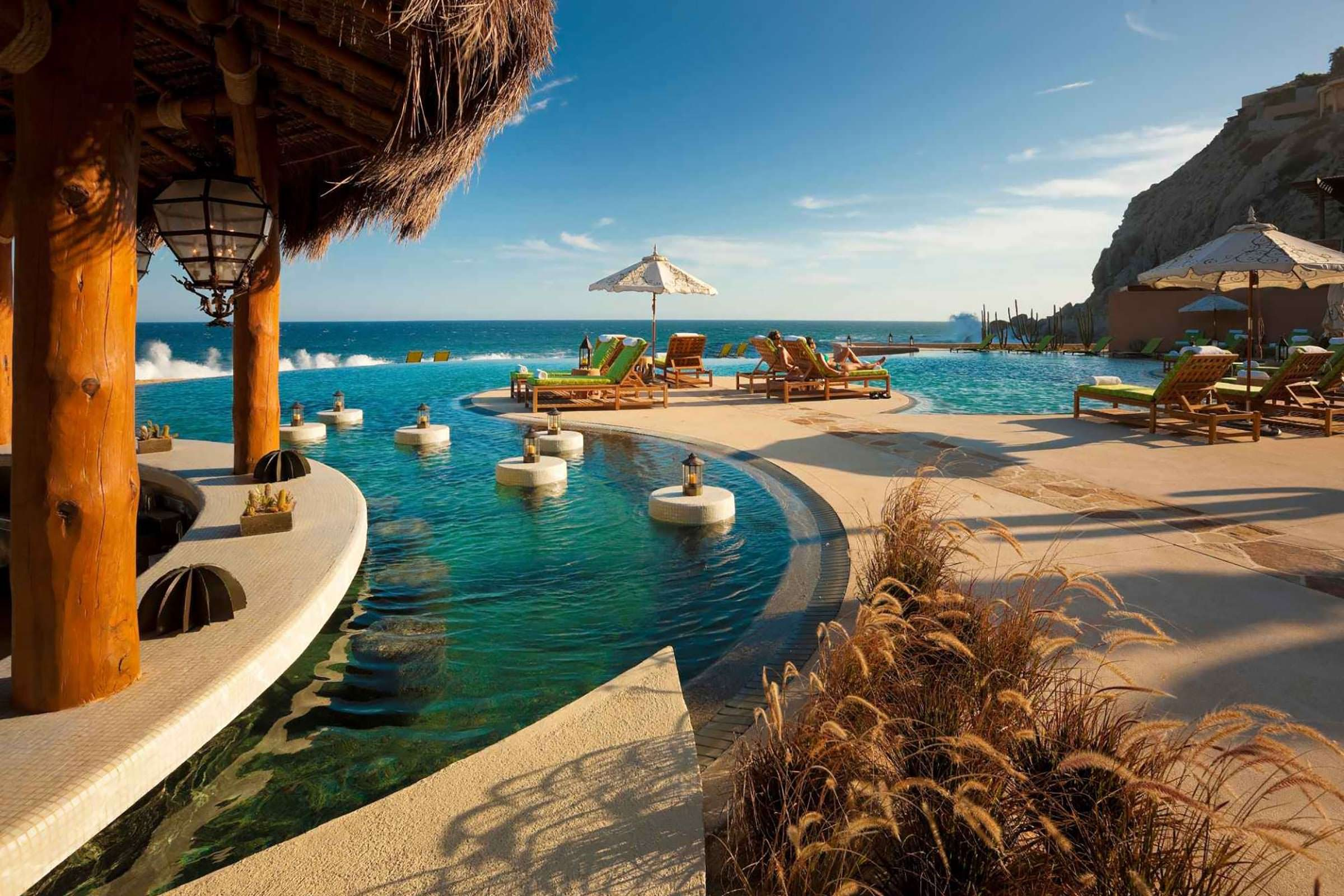 The Most Beautiful Infinity Pools in the World