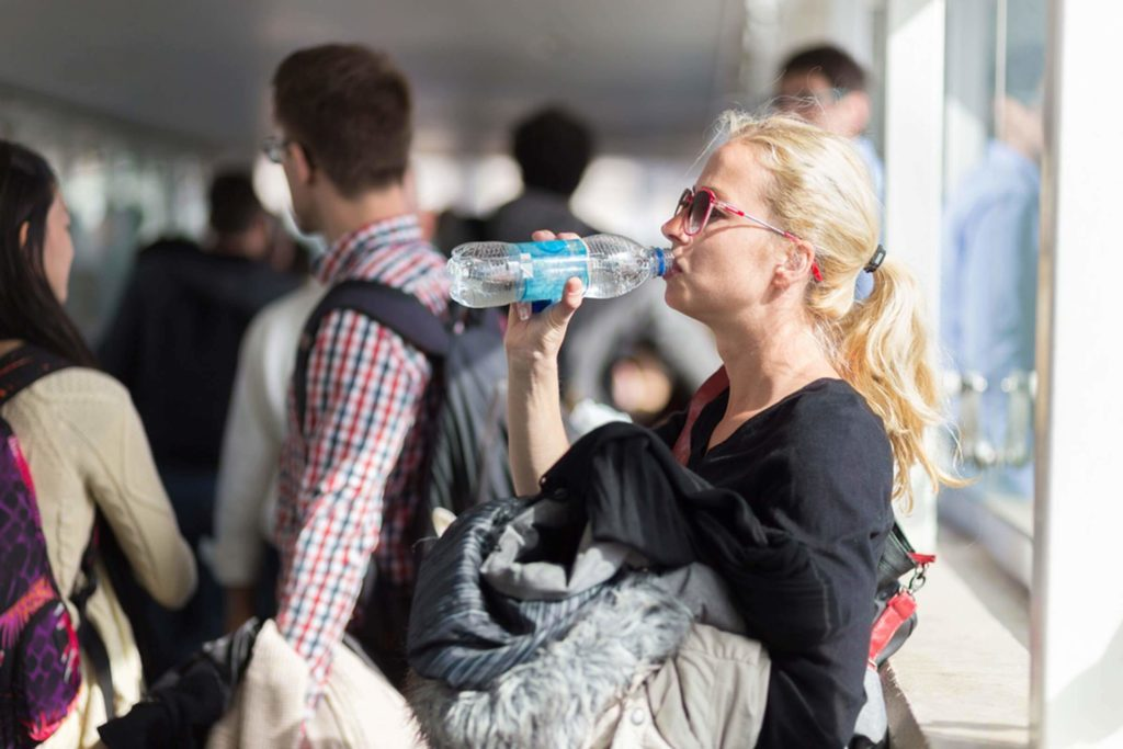The-Only-Way-You-Can-Bring-Water-Through-Airport-Security_385299841_Matej-Kastelic