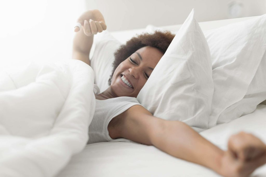 This-10-Minute-Morning-Habit-Burns-400-Extra-Calories-Every-Week_555427024_Stock-Asso