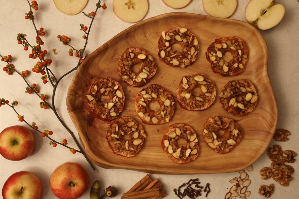 resize-Baked-Apple-Slices-Styling-2
